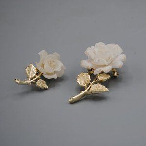 Vintage Retro Set 2 Pins White Roses Gold Flower